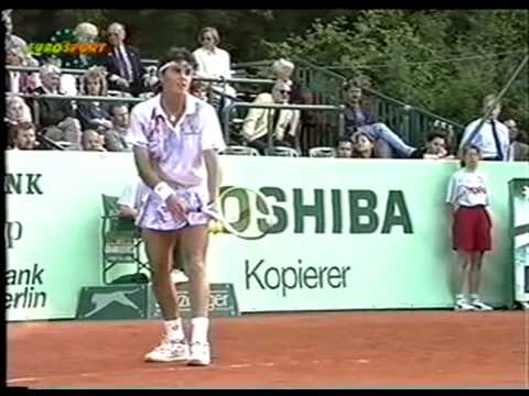 Conchita Martinez vs Gabriela Sabatini,SF Berlin 1993 (2 of 2)