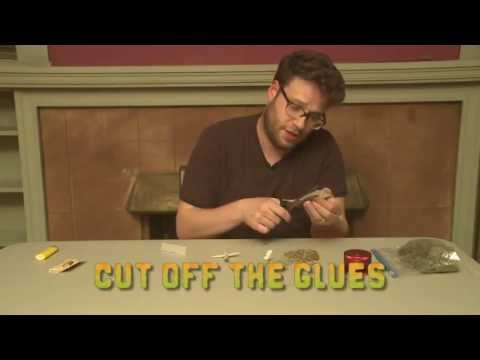 Seth Rogen teaches you how to roll a Cross Joint