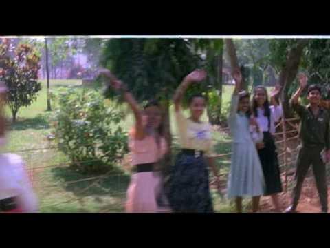 Ajay Devgan initial entry in Phool Aur Kaante
