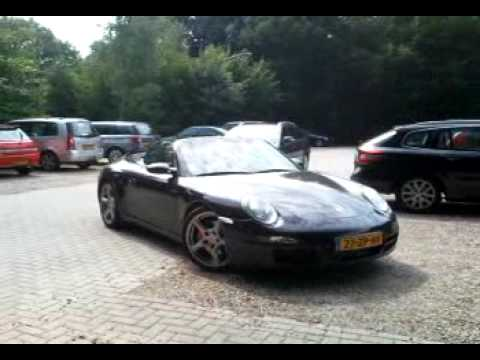 Porsche 911 997 Carrera S Cabriolet revving and acceleration!