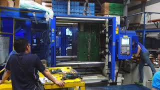 Quick Mold Change Systems - Manual Type (1050 tons)