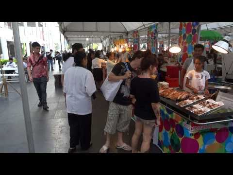 [Image Stabilization Test] SONY DSC-HX9V 1080/60p movie @Bangkok Central World (walking)