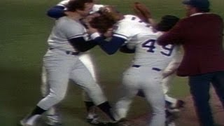 1977 ALCS, Game 5: Yankees, Royals fracas