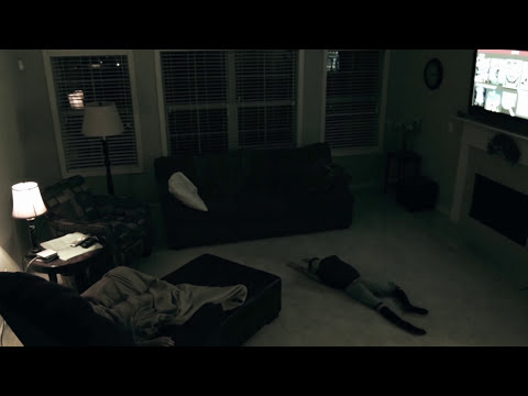 Poltergeist Diaries - Poltergeist Pulls Child Across The Floor