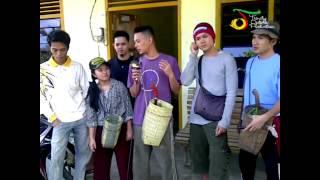 download lagu Gamma1  - Menyadap Karet Di Desa Mancung, Bangka gratis