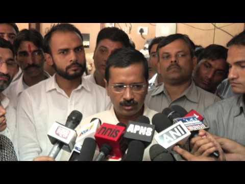 Arvind Kejriwal Meets Nitin Gadkari on the issue of E- Rikshaw