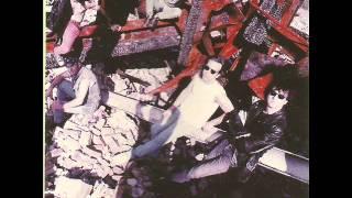 Watch Vilain Pingouin La Mort video