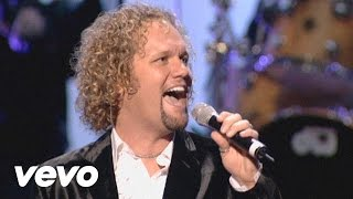 Watch David Phelps Let The Glory Come Down video