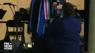 Watch Live: Hillary Clinton delivers commencement speech at Wellesley College