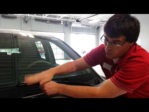 How to Change Wiper Blades Toyota Sienna   Lakeland Automotive Sheboygan. WI