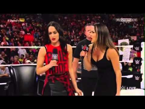 RAW 25/8/14 Bella Twins Family Reunion (AKA Nikki Bella goes nuts)