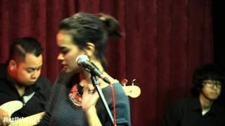 Indra Lesmana ft. Eva Celia - Takkan Ada Cinta yang Lain @ Mostly Jazz 31/01/14 [HD]
