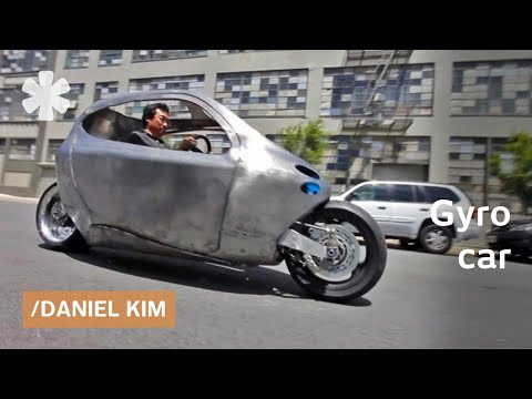 Folding moped & EV motorcycle that can t fall (thanks to gyroscopic stability)