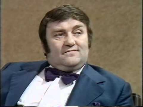 Parkinson - Les Dawson - 1974.avi