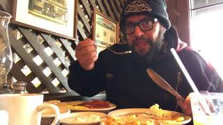 Chef Carl Ruiz reviews the Cracker Barrel breakfast
