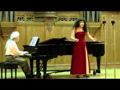 Kimchilia Bartoli - Agitata da due venti [Cecilia Bartoli parody]