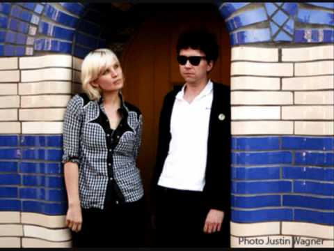 The Raveonettes Breaking into cars