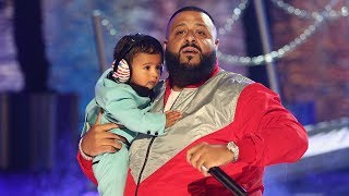 "download lagu Dj Khaled's Son Asahd Steals The Show During ""i'm gratis"