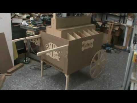 Arahal carrito de chuches antes de pintarlo ramos mpg for Como fabricar un kiosco de madera