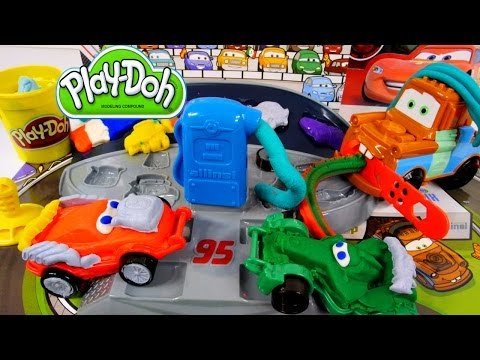 How To Make Playdough Cars 2 Lightning McQueen Play Doh Mold 'n Go Speedway Pixar Car Toys