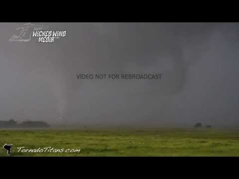 5/31/2013 Largest Tornado in US History - EF5 Union City/El Reno Oklahoma Tornado