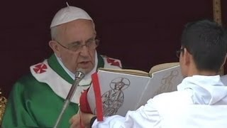 Pope Francis Celebrates Family Weekend With Special Mass  10/27/13