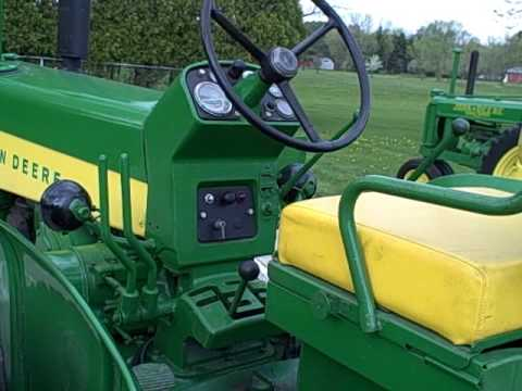 John Deere 730 Diesel Tractor Start Up (pony engine)