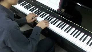 Alfred's Masterwork Classics Level 4 No.27 Bartok First Term at the Piano No.8 (P.39)