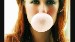 Watch Ingrid Michaelson Little Romance video