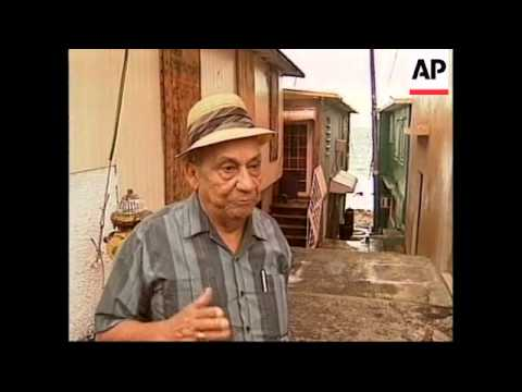 PUERTO RICO: HURRICANE GEORGE BEARS DOWN ON ISLAND