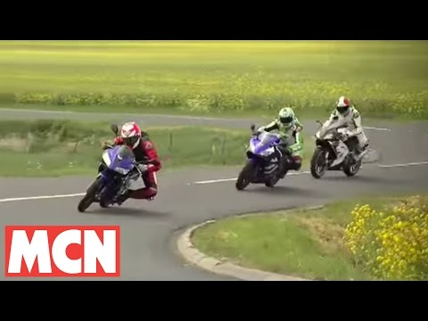 MCN test: Yamaha R125 takes on Honda CBR125. Aprilia RS125