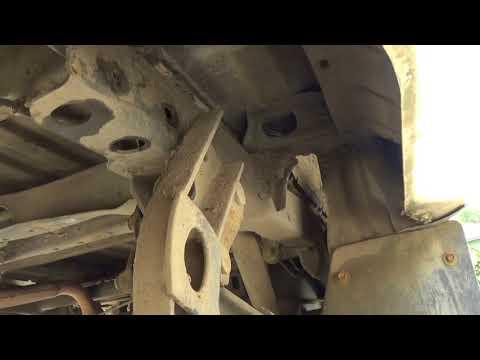 Removing rear bumper 1991 Toyota Pickup