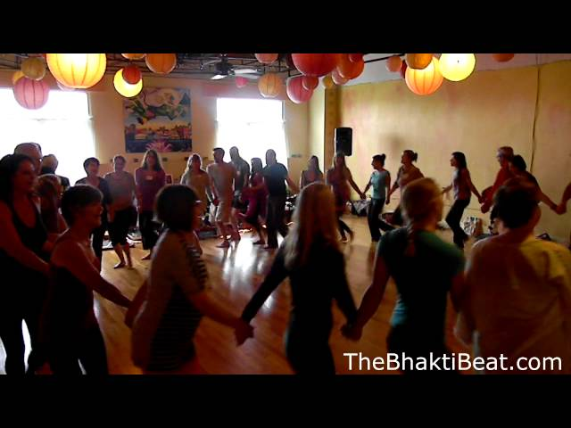 Gopala Circle Dance at BHAKTImmersion 2013