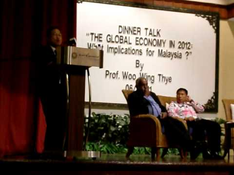 "MPKj DinnerTalk2: ""The Global Economy in 2012: What implications for Malaysia ?"" 220611"