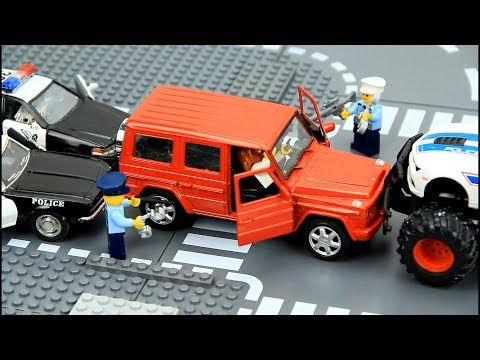Police Chase for robbers ATM. Toys for Kids.