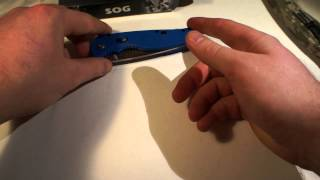 Unboxing Maxpedition Jumbo EDC, 4sevens Preon1, SOG Flash 2 blue