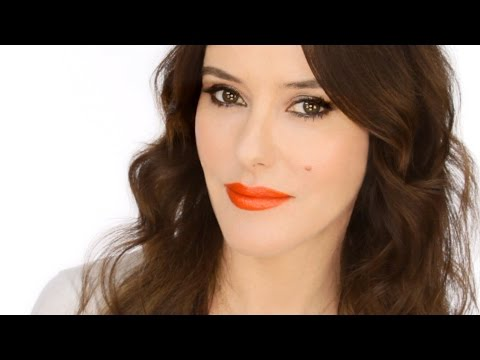 Keira Knightley Red Carpet Look - How to Wear an Orange Lip