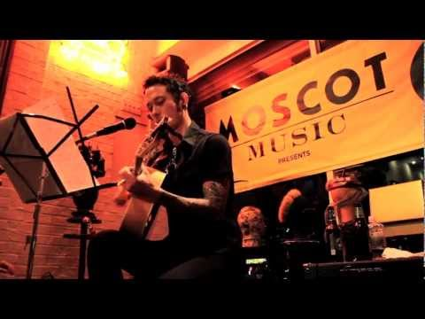 TRIVIUM Matt Heafy Harvest acoustic [OPETH Cover] on Metal Injection