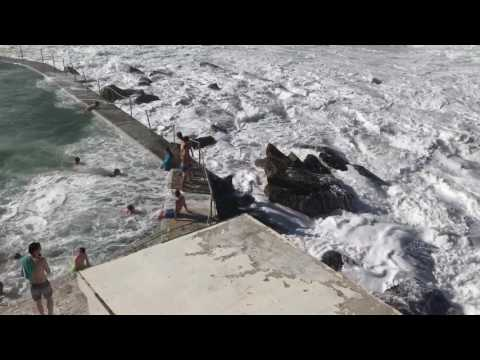 Massive Wave Wipes Out Pool in Sydney Australia