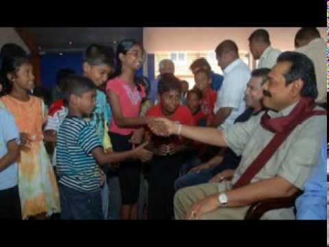 Mahinda Rajapaksa for children - cute child singing beautiful song 'Mahinda Rajapaksa Ape Rajathuma'