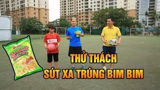 Thử thách bóng đá tâng bóng sút xa Trúng bim bim cùng Quang Hải Nhí Duy Trung & Huyền Thoại Hồng Sơn
