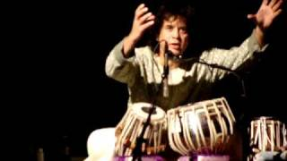 The Badshah of Tabla - Zakir Hussain in beats at Austin