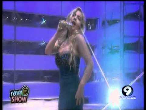 """Lisa Fusco canta """"Sono come tu mi vuoi"""" di Mina – 26/06/13"""