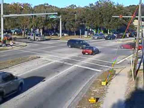 Red Light Runners Beware! The Cameras Will Catch You Night and Day. Here's Proof.