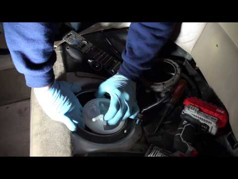 BMW 325i fuel pump replacement