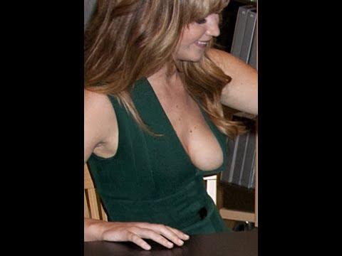 Accidental boob galleries