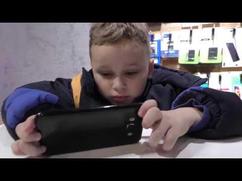 """""""4G Smart"""" на площі Героїв у Калуші роздає подарунки і """"фішки"""""""