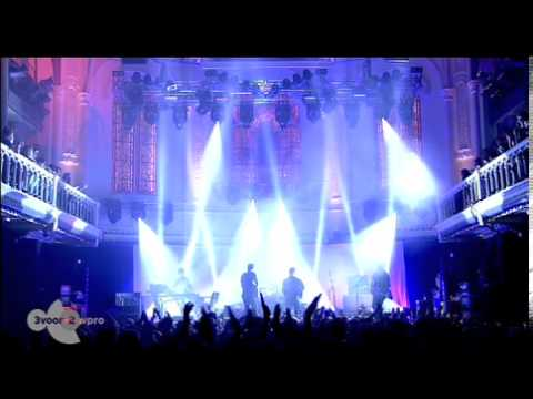 Foals live at Paradiso