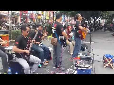 Very talented band.. ( film Gaban) # theme Gaban..