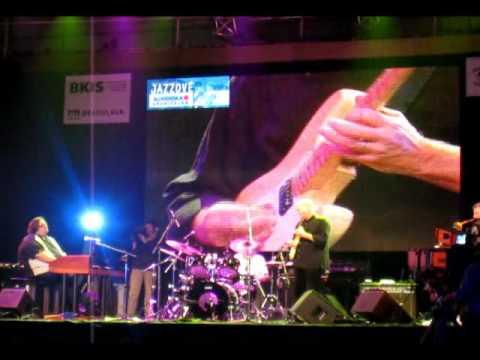 Steve Gadd&Friends live (HQ) - Sister Sadie (BJD 2009)